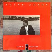 Bryan Adams: Into The Fire World Tour Kiertuevihko /  Tour Program 1987